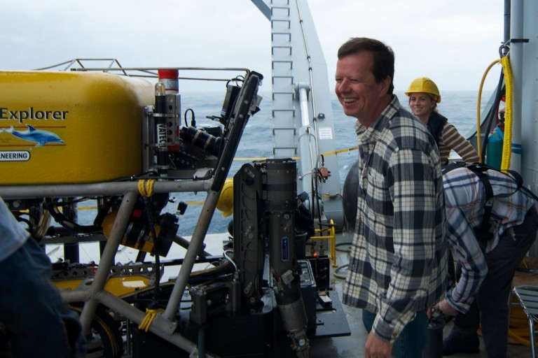 Chief Scientist Dr. Chuck Fisher oversees the final collections by the ROV Global Explorer MK3.