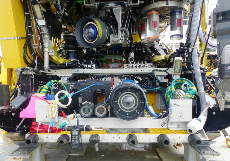 High definition camera in a titanium housing (BFC6000) associated with two stereo cameras on the ROV ROPOS.