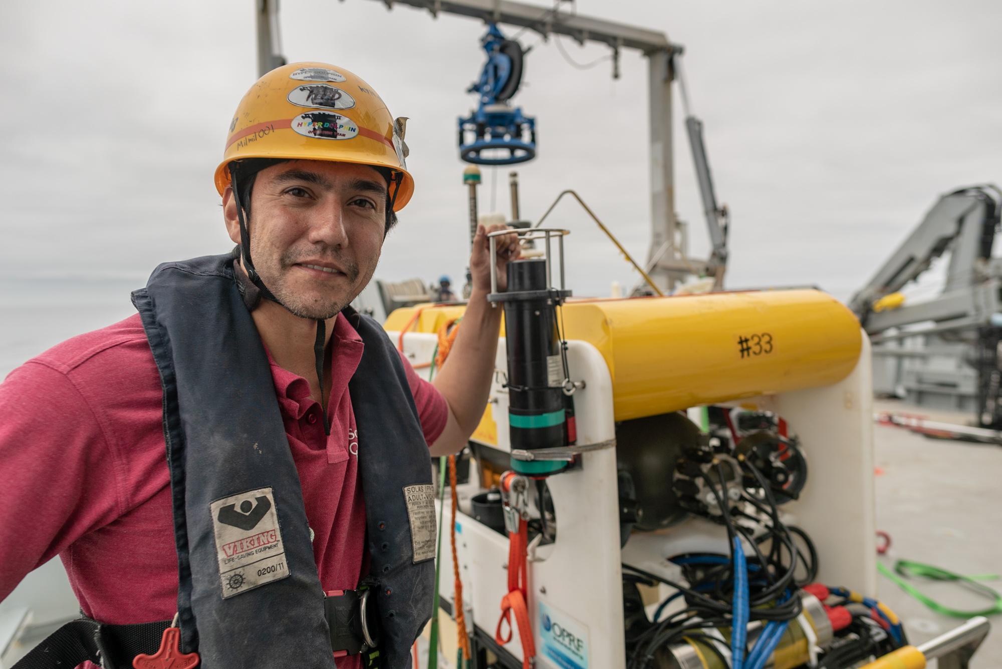 Launching Adaptive Robotics Schmidt Ocean Institute