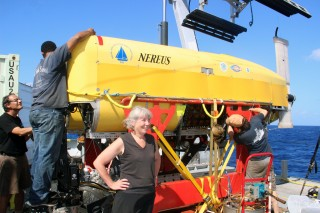Cindy looking confident that all will be well and ignoring the fact that Nereus is still on deck, 4 hours after we first tried to launch it.