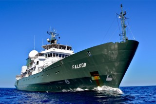 R/V Falkor at Baker Bank.