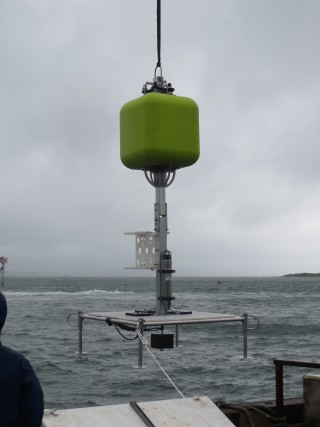 A new feat for Schmidt Ocean Institute, the first lander exclusively designed for use on R/V Falkor.