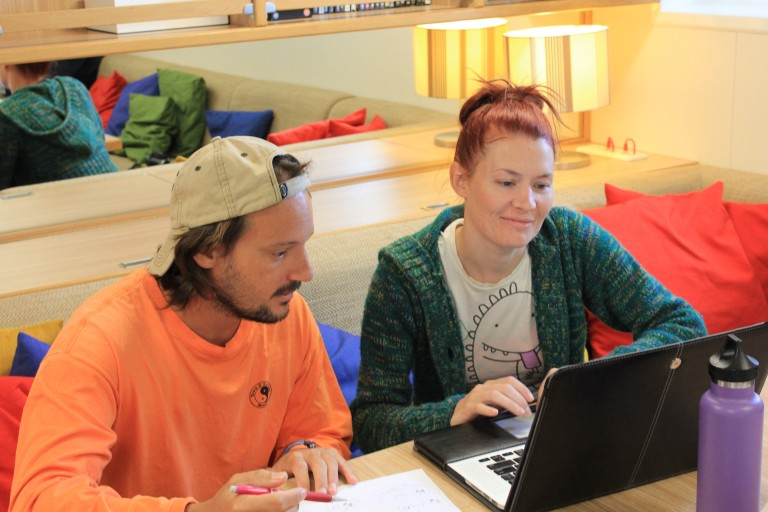 International Pacific Research Center Post-Doctorate Dr. Saulo Soares and student opportunity participant Jennifer Killinger, run through fluid dynamic equations.