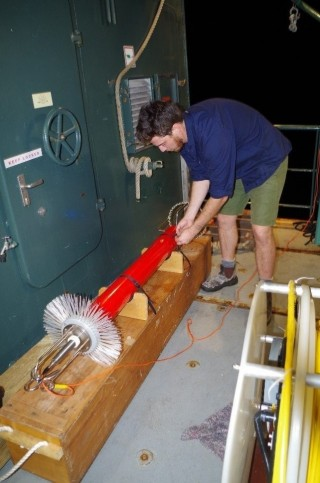 Matt Rayson secures the equipment (TurboMAP) after a long day of sampling.