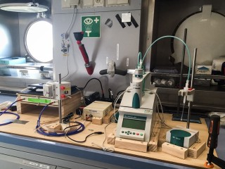 Seawater titration system for analysis of Total Alkalinity measurements in the wet laboratory on-board Falkor.